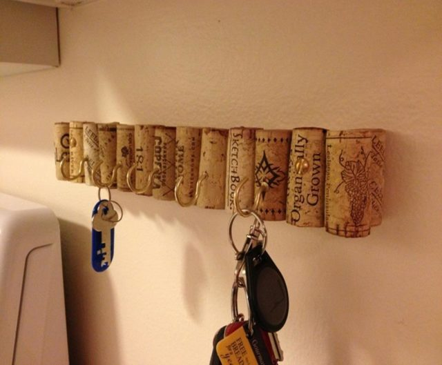 Key holder ideas with cork